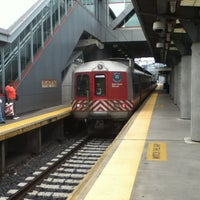 Photo taken at Stamford Transportation Center : Bus/Train (STM) Metro North & Amtrak by #Garfield on 8/1/2012