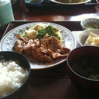 Photo taken at 那須食堂 by Takuro T. on 5/30/2012