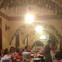 Foto tirada no(a) Piolin Cantina e Pizzaria por Osvaldo B em 6/18/2012