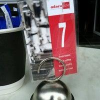 Foto tirada no(a) Adoro Cafe por Dan B. em 10/13/2011