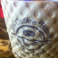 Photo taken at The Coffee Bean & Tea Leaf by yashesh s. on 8/18/2011
