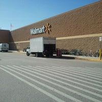 Photo taken at Walmart Supercenter by Hasani H. on 12/19/2011