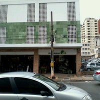 รูปภาพถ่ายที่ Pão de Açúcar โดย Rogerio L. เมื่อ 11/16/2011