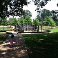 Foto tirada no(a) Terrell Mill Park por Terri M. em 7/10/2011
