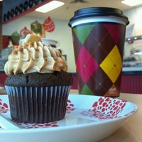 Photo taken at Rockin' Cupcakes by Rebecca S. on 12/29/2011