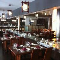 Photo taken at Restaurante Japonés Sakura VII by Tutu B. on 11/11/2011