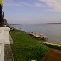 Photo taken at ท่าด่าน by Manatchaya W. on 12/30/2011