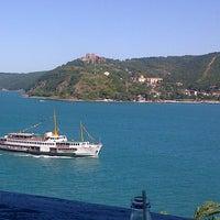 8/30/2012 tarihinde Ece D.ziyaretçi tarafından Bogaz Balik lokantasi Rumeli kavagi'de çekilen fotoğraf