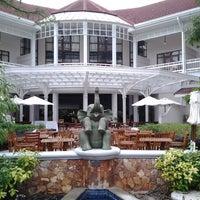 Photo taken at Centara Grand Beach Resort & Villas Hua Hin by Tony B. on 9/15/2011