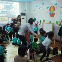 Photo taken at 재크와 콩나무 어린이집 by 대형 이. on 10/8/2011