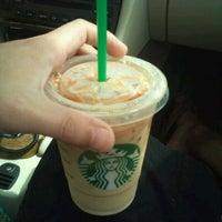 Photo taken at Starbucks by Loki A. on 8/16/2011