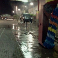 Photo taken at Car Wash 86 Perjuangan by Fajar A. on 11/3/2011
