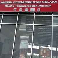 Photo taken at Muzium Pengangkutan Melaka by Yek L. on 3/25/2012