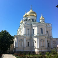 Photo taken at Воскресенский Новодевичий женский монастырь by KsY on 7/22/2012