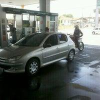 Photo taken at Auto Posto Berimbau by Fernando C. on 11/26/2011