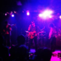 Photo taken at 下北沢 Club Que by Philip C. on 3/19/2012