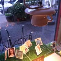 Das Foto wurde bei Café Noir von Maria am 5/18/2012 aufgenommen