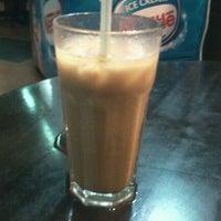 Photo taken at D'Dapur Restoran by Norazmi K. on 1/26/2012