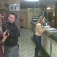 Photo taken at Bodegon Guillermo by Francisco Javier M. on 12/3/2011