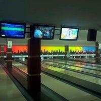 Photo taken at Sport's Bar Bomboliche by Fernando R. on 4/7/2012