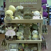 Photo taken at Sweetbottoms Baby Boutique by Zach H. on 10/10/2011