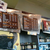 Снимок сделан в It's A Grind Coffee House пользователем David M. 10/12/2011