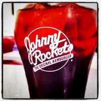 Photo taken at Johnny Rockets by Jessica S. on 7/31/2011