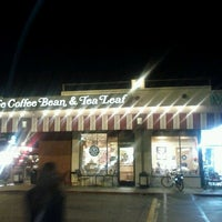 Photo taken at The Coffee Bean & Tea Leaf by Mike D. on 11/26/2011