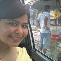 Photo taken at jus jambu cenderawasih by CintaBay R. on 1/22/2012
