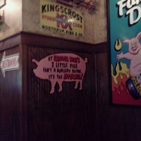 Photo taken at Famous Dave's Bar-B-Que by Jess on 10/4/2011