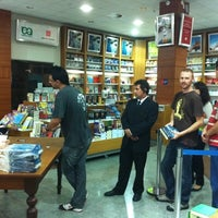 Photo taken at Livrarias Curitiba by André E. on 3/30/2011