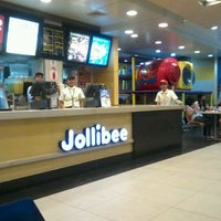 Photo taken at Jollibee by Rhove A. on 2/26/2012