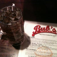 Photo prise au Bub's Burgers & Ice Cream par Caleb R. le6/29/2012