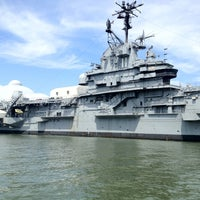 Photo taken at Intrepid Sea, Air & Space Museum by Vilen D. on 8/21/2012