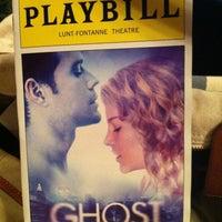 Foto diambil di Lunt-Fontanne Theatre oleh Darren G. pada 5/27/2012