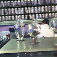 Photo taken at Eterni-Tea by HElio A. on 5/7/2012