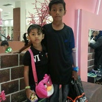 Photo taken at AEON Rawang Anggun Shopping Centre by Madir L. on 2/6/2012