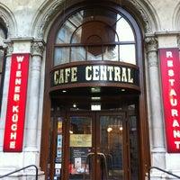 Photo prise au Café Central par Sergey S. le3/9/2012