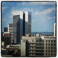 Foto tomada en Embassy Suites by Hilton Denver Downtown Convention Center por $teph l. el 7/9/2012