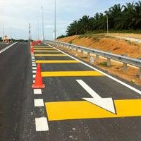 Photo taken at Batang Melaka, Melaka Borders by Ghazali I. on 4/12/2012