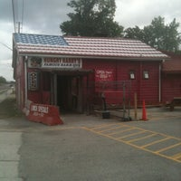 Photo taken at Hungry Harry's Famous BBQ by Kurt E. on 3/31/2012