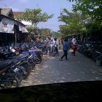 Photo taken at Pasar kota gajah by Edhy &. on 9/7/2012