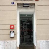 Foto tirada no(a) Espressamente Illy por Francesco V. em 5/6/2012