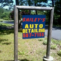Photo taken at Smiley's Auto Detailing by Roy B. on 5/20/2012