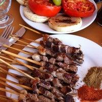 8/18/2012 tarihinde b@rışziyaretçi tarafından Kasap Mehmet Zengin'in Yeri'de çekilen fotoğraf