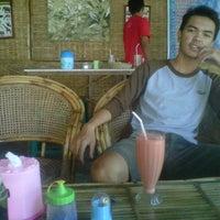Photo taken at Nasi Pecel Cak Awie by Sakty P. on 9/2/2012
