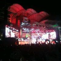 Photo taken at Dr. DY Patil Stadium (डा. डी. वाय. पाटील स्टेडीयम) by Shweta U. on 5/26/2012