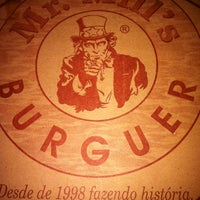 Photo taken at Mr. Mill's Burguer by Bruno A. on 6/4/2012