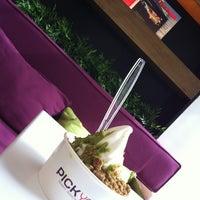 Photo taken at Pick Yo by Bello Ma Bello on 6/25/2012