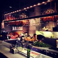 Снимок сделан в La Taberna del Gourmet пользователем Carlos R. 8/13/2012